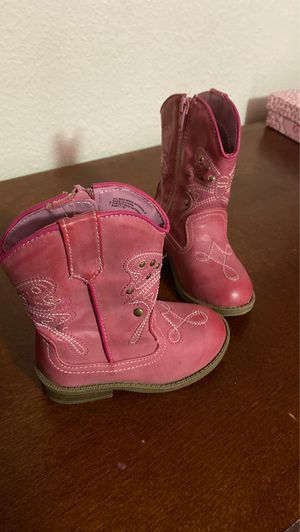 Girls boots for Sale in Waterford, CA