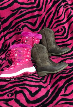 Part-2🌸 4-5T 🎀lil girls outfits, shoes, boots, diaper bag back pack..>> for Sale in North Las Vegas, NV