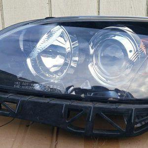 Headlight Set For Mazda 3 Hatchback 2007 for Sale in Tacoma, WA