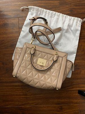 Michael Kors crossbody bag for Sale in Auburn, WA