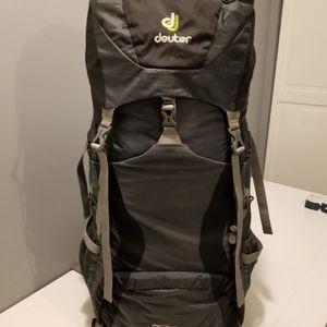 Deuter ACTlite 50+10 Hiking Backpack Bag for Sale in Waukegan, IL