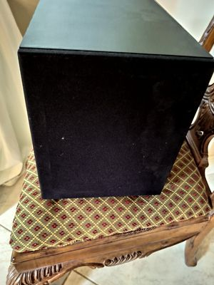 Proficient S8 powered sub woofer for Sale in Tamarac, FL