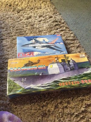 U.s.s bunker hill and f-16 A/C fighting falcon for Sale in Tacoma, WA