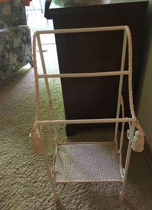 Free standing towel rack for Sale in Boring, OR
