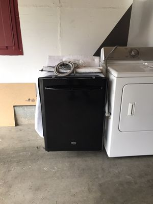 Maytag black dishwasher for Sale in Federal Way, WA