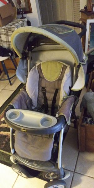 New Chicco stroller real nice stroller only 15dol Firm lots gd deals my post go look for Sale in Jupiter, FL
