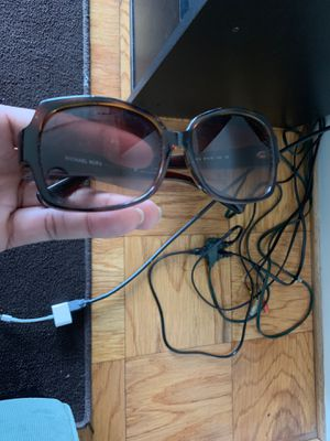 Sun glasses for Sale in Alexandria, VA