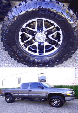 Price$12OO Silverado 2001 for Sale in Natoma, KS