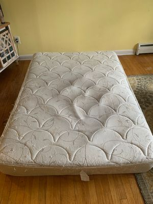 Full size mattress free for Sale in Piscataway, NJ
