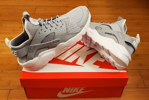 Nike Air Huarache size 9 for Men. for Sale in East Compton, CA