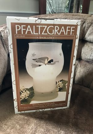 Pfaltzgraff white frosted floating candle for Sale in Fairfax, VA
