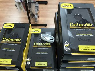 iPhone X/ Xs/ XR/ Xs Max Otterbox Defender Case + Clip for Sale in Los Angeles,  CA