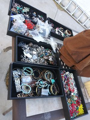 Mixed jewelry lot for Sale in Las Vegas, NV