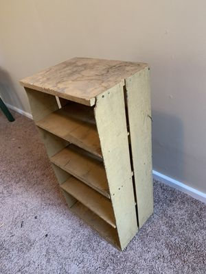 Small antique shelf for Sale in Mentor, OH