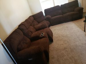 3 piece sectional couch for Sale in Riverton, UT