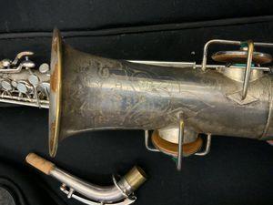 Vintage buescher Elkhart ind saxophone for Sale in Morrow, GA