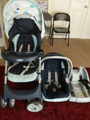 Graco click connect car seat and stroller for Sale in Montgomery, OH