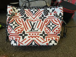 Louis Vuitton Tote for Sale in Swissvale, PA