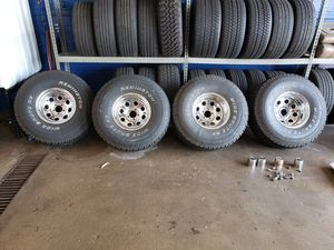 Jeep wheels and tires for Sale in Long Grove, IL