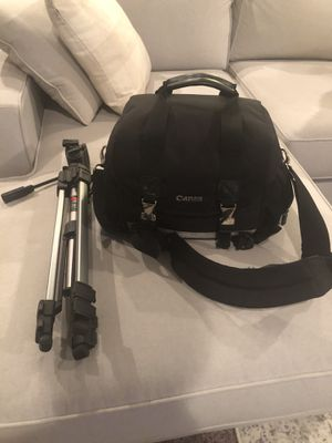 Nikon D610 with accessories for Sale in Pasco, WA