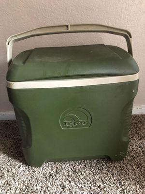Igloo cooler for Sale in Wichita, KS