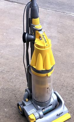 Dyson DC07 Upright Canister Vacuum Cleaner Yellow All Floors Root cyclone FULLY FUNCTIONAL AND TOOLS 🛠 ACCESSORIES INCLUDED !!! for Sale in San Antonio,  TX