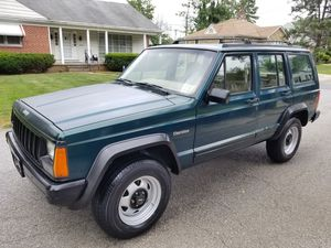 Jeep Cherokee!! (5-speed)!! for Sale in Milford Mill, MD