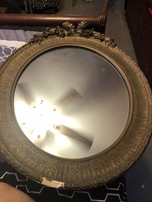 Wunderly Bro's Antique Mirror for Sale in Aurora, IL