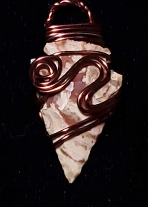 Wire wrapped brown & white jasper arrowhead. for Sale in Puyallup, WA
