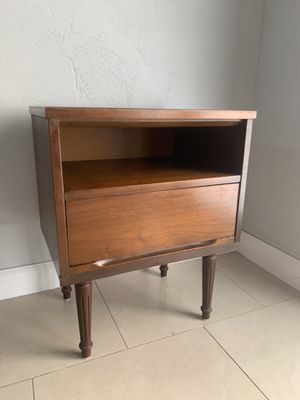 MidCentury Wood Nightstand Side End Table for Sale in Miami, FL