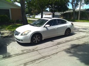 Nissan Altima 2007 136,060 miles clean title for Sale in Tampa, FL