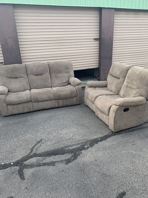 Like New Reclining Couch Set - Local Delivery Available for Sale in Virginia Beach, VA