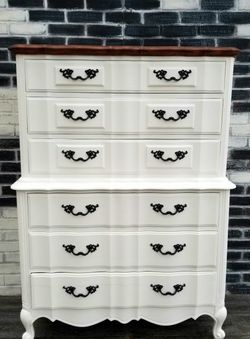 French Provincial/shabby Chic. Tall Dresser. Cotton white/wood. 6 Drawers for Sale in Costa Mesa,  CA