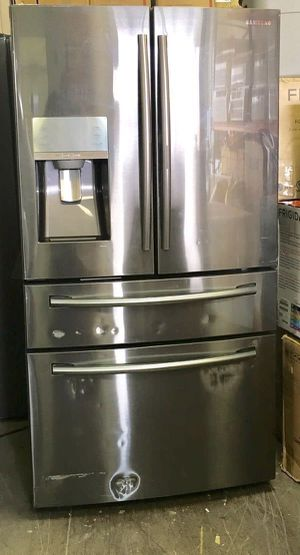 "Refrigerator Fridge Freezer Nevera Refrigerador Samsung 36""W x 70""H for Sale in Miami, FL"
