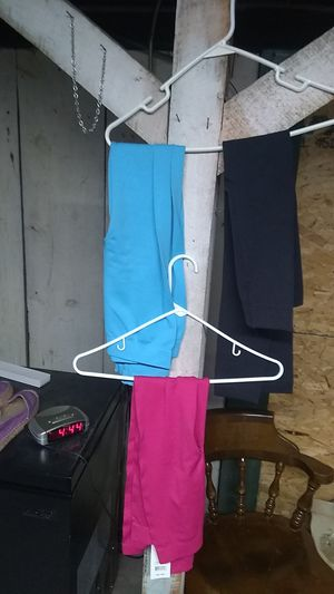 New set of three pairs of leggings. Size 4-6 for Sale in Freeland, PA