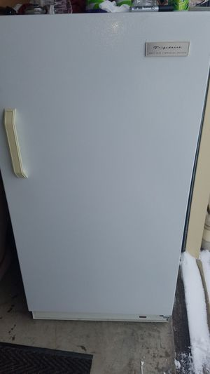Stand up freezer for Sale in Cleveland, OH