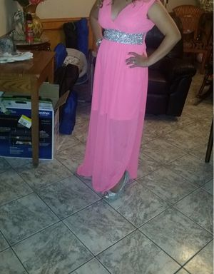 Hot pink dress for Sale in Alamo, TX