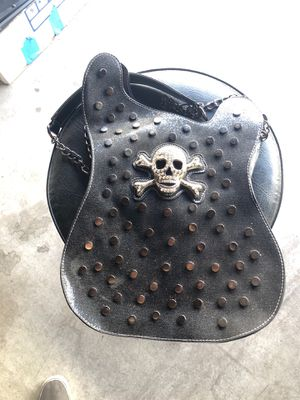 Woman carry on bag look a like electronic guitar for Sale in Tempe, AZ