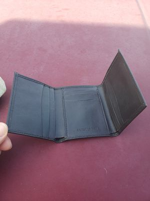 Leather Trifold Wallet for Sale in South Windsor, CT