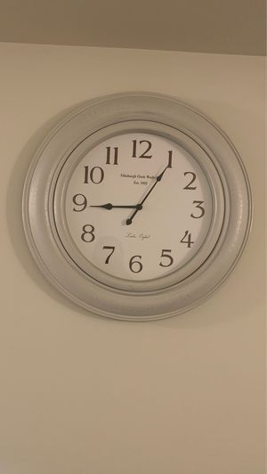 Wall clock for Sale in Wilkes-Barre, PA