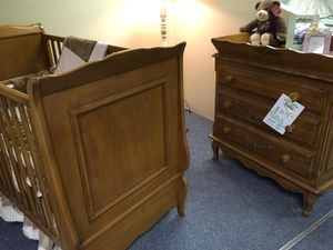 Crib and dresser for Sale in Philadelphia, PA
