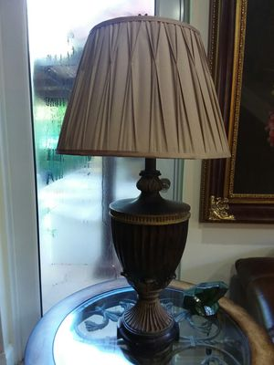 2 Table Lamps for Sale in Pembroke Pines, FL