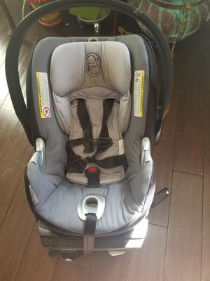 Cybex baby car seat for Sale in Dallas, TX