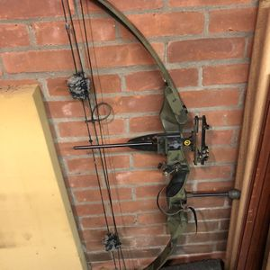Compound Bow for Sale in Berlin, CT