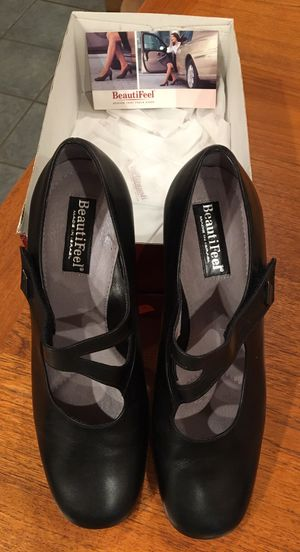 Ladies Shoes for Sale in Olivette, MO