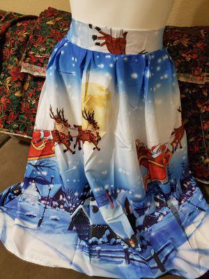 2x Christmas skirt for Sale in Corona, CA