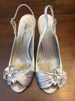 Silver dress shoes Size 8 for Sale in Carson, VA