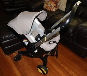 DOONA car seat and stroller for Sale in Hartford, CT