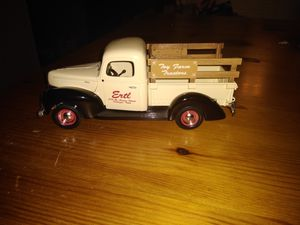 ERTL Toy Farms Vintage collectible Diecast trick for Sale in O'Fallon, MO