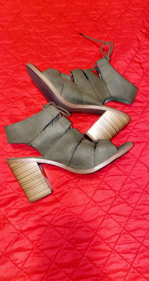 Olive green heels for Sale in Mesa, AZ